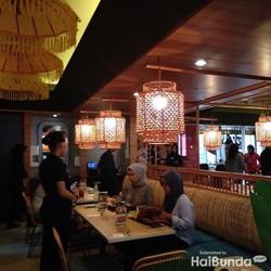 Yuk, Makan Bareng Keluarga Sambil Menikmati Nuansa Bali