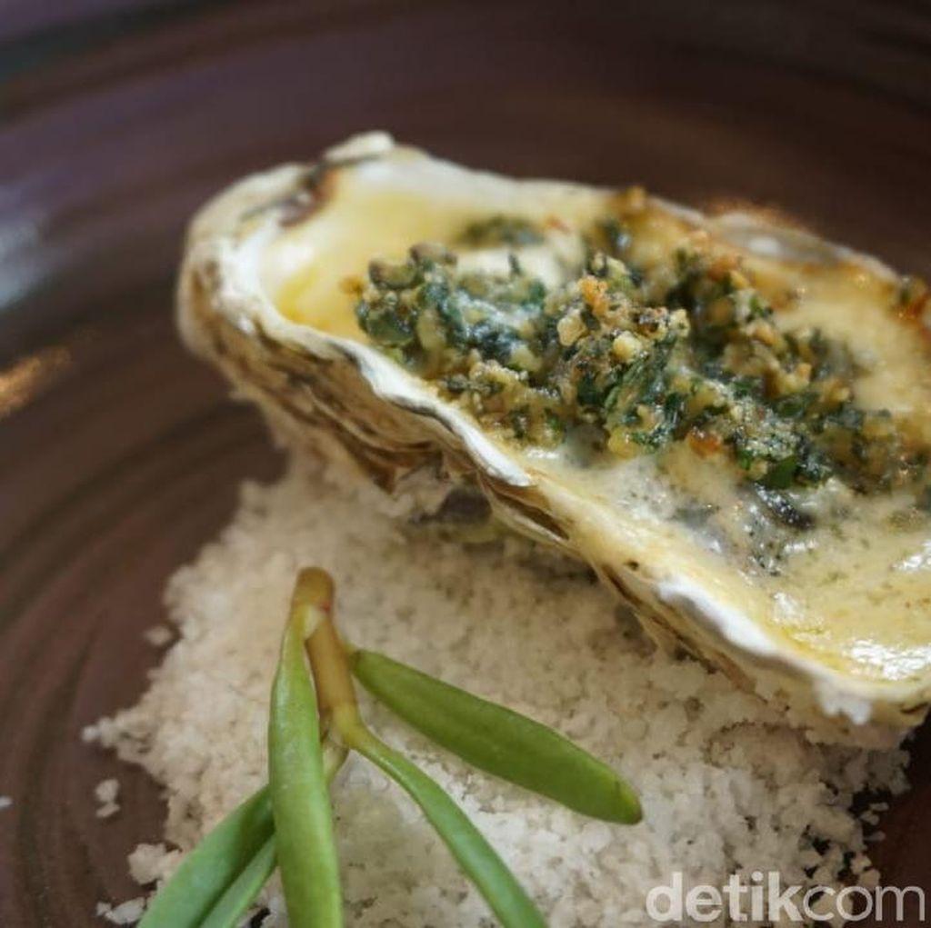 Oyster Panggang Keju dan Beef Wellington yang Lezat Untuk Santap Istimewa