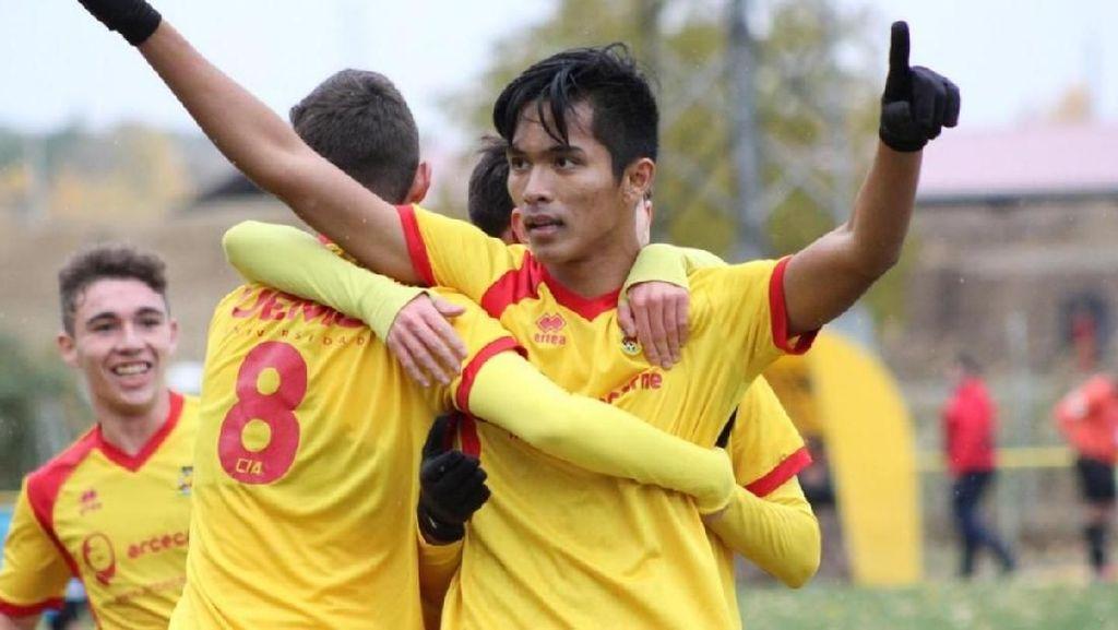 Helmy, Remaja Balikpapan Menapaki Karier Sepakbola di Spanyol
