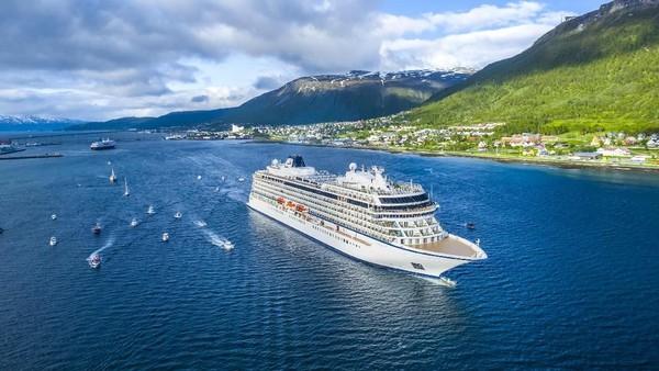 Viking Cruises (73,8%), didirikan pada tahun 1997,operator ini telah berkembang menjadi salah satu perusahaan kapal pesiar mewah terbaik di dunia (Foto: Viking Cruises)