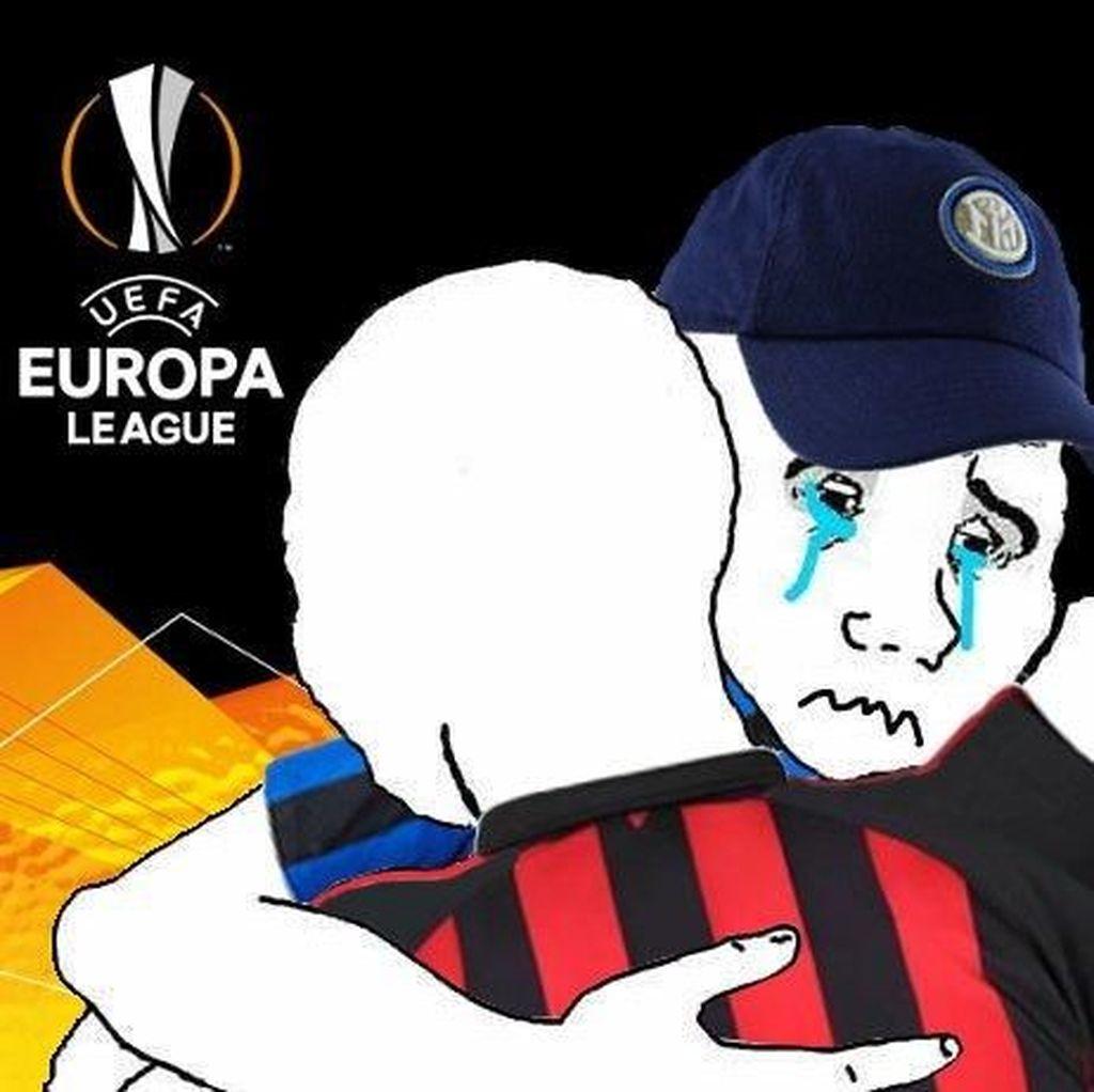 Meme Inter-Napoli Mundur Teratur dari Liga Champions