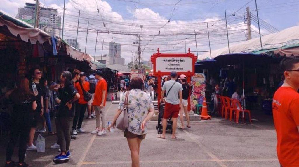Hunting Oleh-oleh Murah di Pasar Chatuchak Bangkok