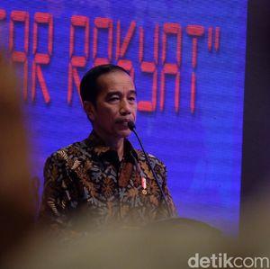 Cerita Jokowi Bikin Ribuan Pasar Becek Naik Kelas