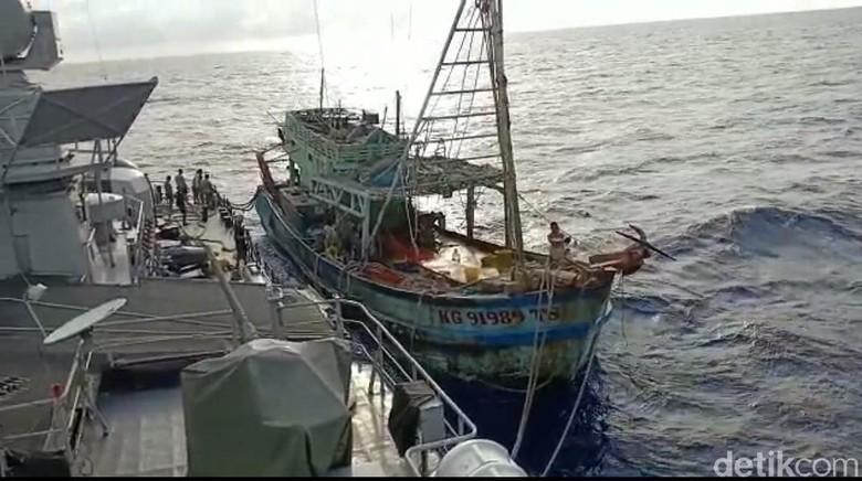 Dicurigai Tangkap Ikan Ilegal, Kapal Vietnam Ditangkap di Natuna