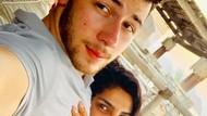Awas Baper! Priyanka Chopra dan Nick Jonas Pamer Selfie Mesra Setelah Nikah