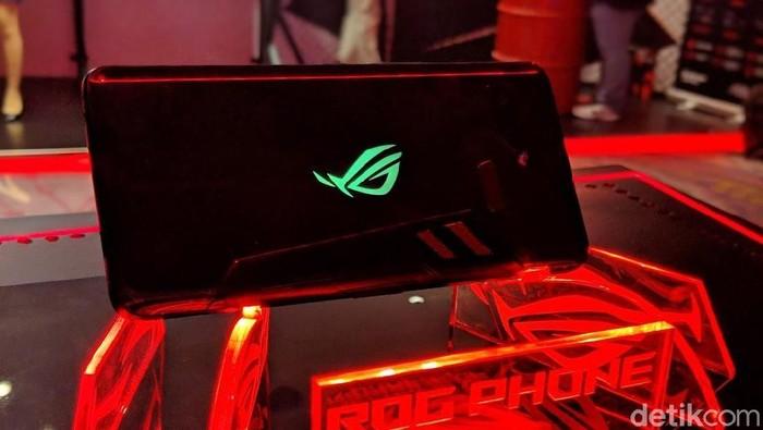 Asus ROG Phone 1. Foto: Adi Fida Rahman/detikINET