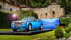 5 Mobil Paling Mahal Milik Artis dan Pesohor, Ada yang Harganya Rp 122 Miliar!