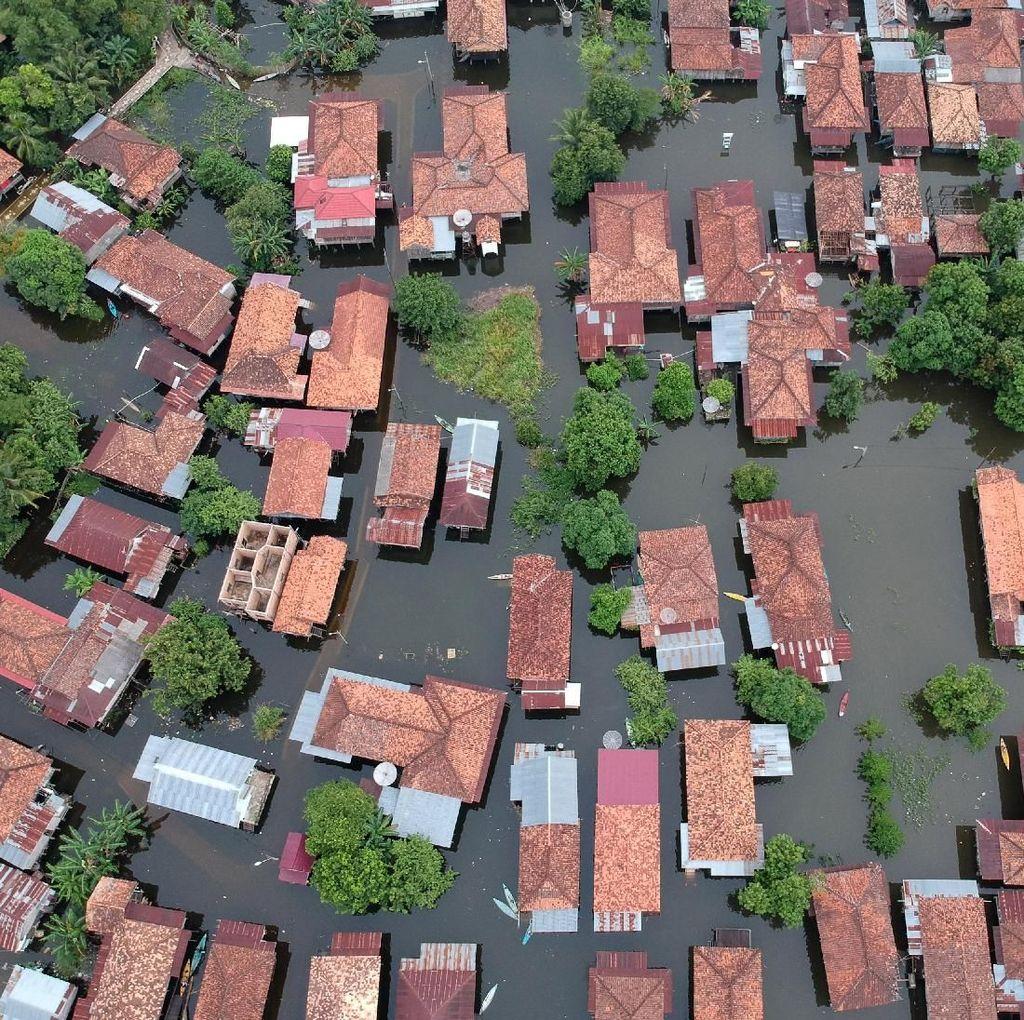Penampakan Ribuan Rumah di Jambi yang Terendam Banjir