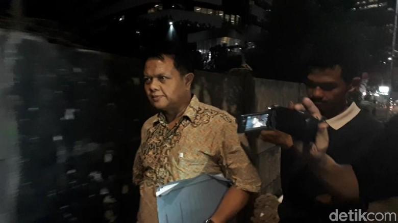 Hakim PN Semarang Tersangka Suap Irit Bicara Usai Diperiksa KPK