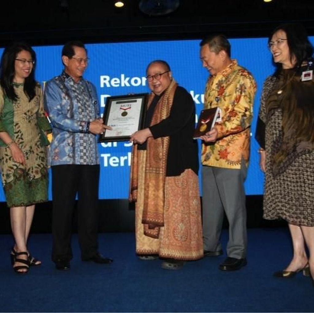 BCA Himpun Rp 2,553 M dalam Gerakan Buku Untuk Indonesia