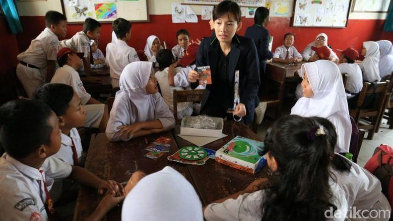 Universitas Surya Edukasi Tanggap Bencana Lewat Permainan Siben