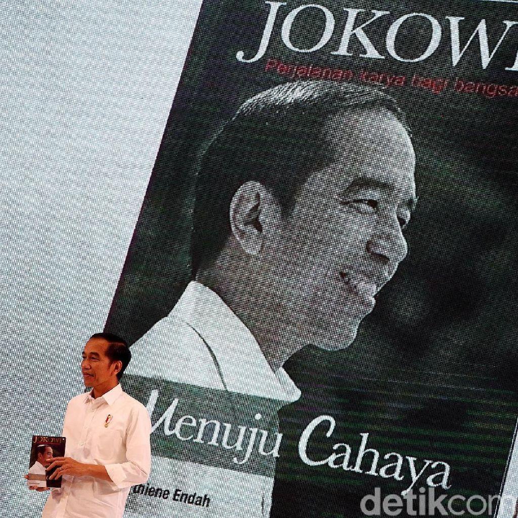 Jokowi: Kalau Mau Rakyat Senang, Buat Saja Bansos Sebanyak-banyaknya