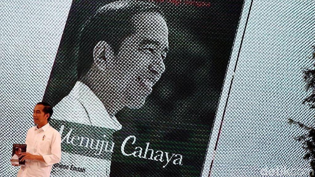 Jokowi: Kalau Mau Rakyat Senang, Buat Bansos Sebanyak-banyaknya Tapi...