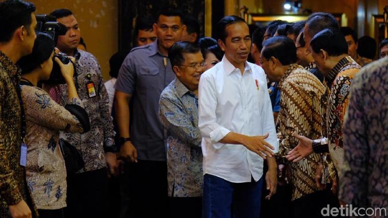 Jokowi-JK Hadiri Peluncuran Buku Jokowi Menuju Cahaya