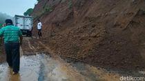 Tebing Gunung Lio Brebes Longsor