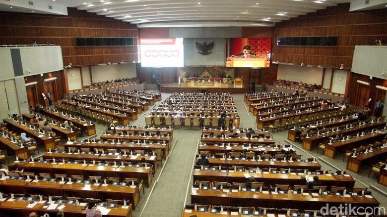 Hasil Sidang Paripurna Penutupan, DPR Sahkan 3 UU dan Anggota LPSK