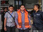 Alasan di Balik Transaksi Duit Haram Bupati Cianjur di Halaman Masjid