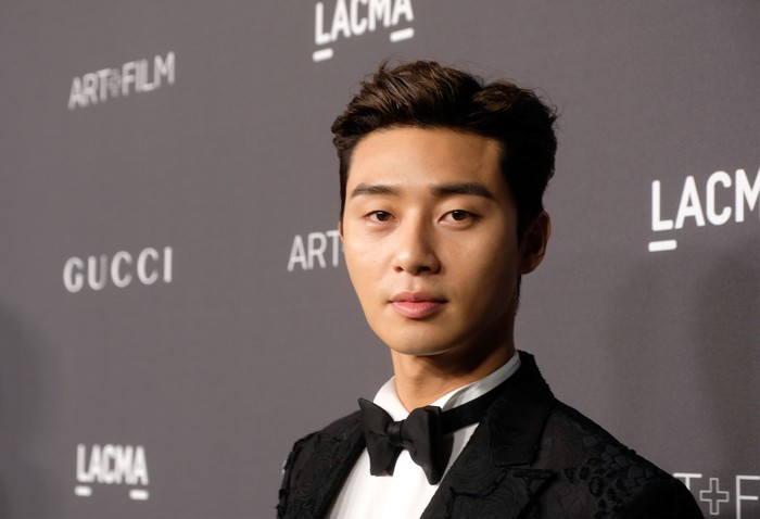 LOS ANGELES, CA - OCTOBER 29:  Actor Seo-Joon Park attends the 2016 LACMA Art + Film Gala honoring Robert Irwin and Kathryn Bigelow presented by Gucci at LACMA on October 29, 2016 in Los Angeles, California.  (Photo by Frazer Harrison/Getty Images for LACMA)