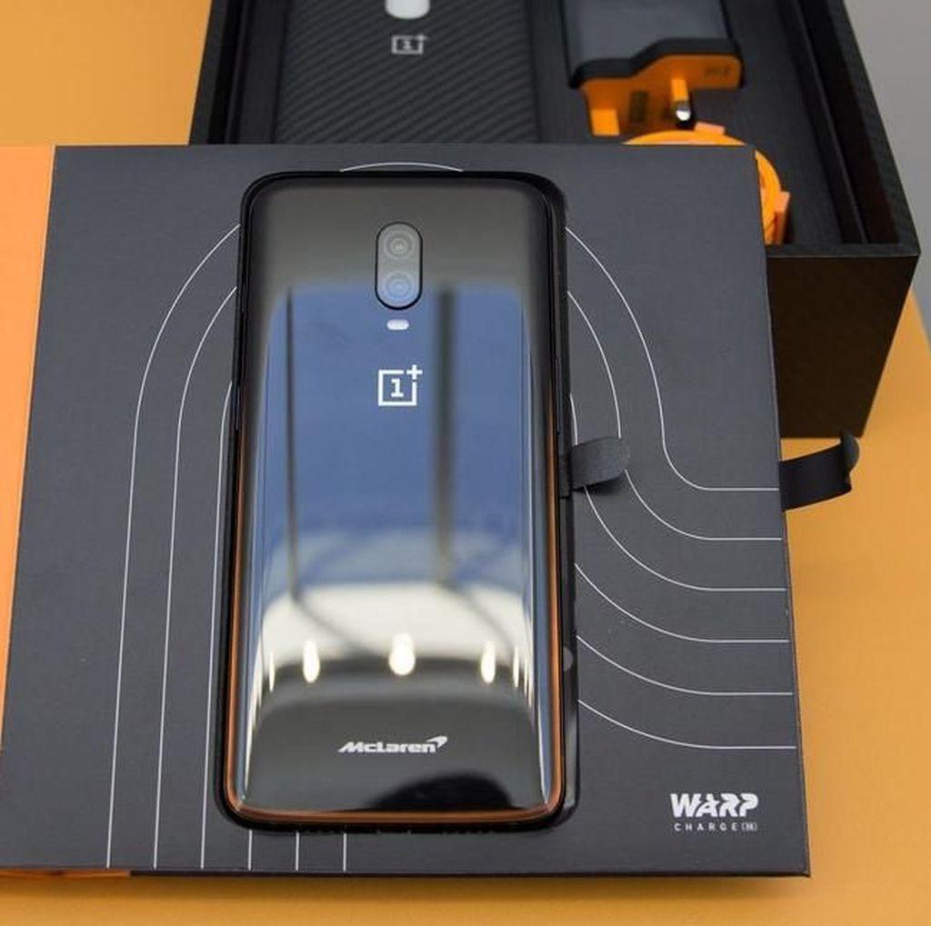 Melihat Si Garang OnePlus 6T Edisi McLaren, RAM-nya 10 GB
