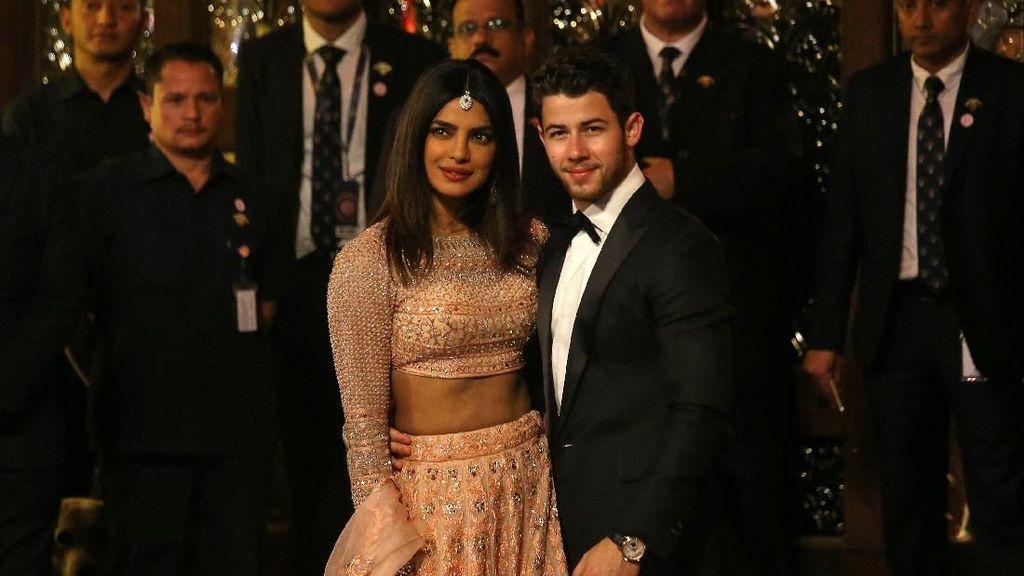 Nick Jonas Ingin Banyak Anak dari Priyanka Chopra
