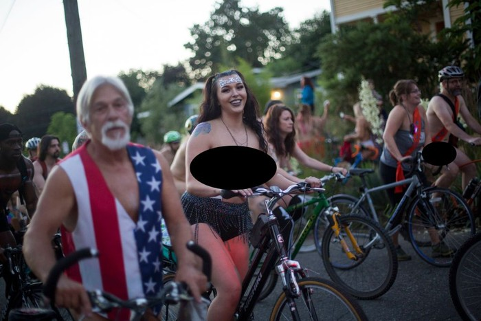World Naked Bike 2018 di Portland, Amerika Serikat, diikuti oleh ribuan peserta. (Foto: Natalie Behring/Getty Images)