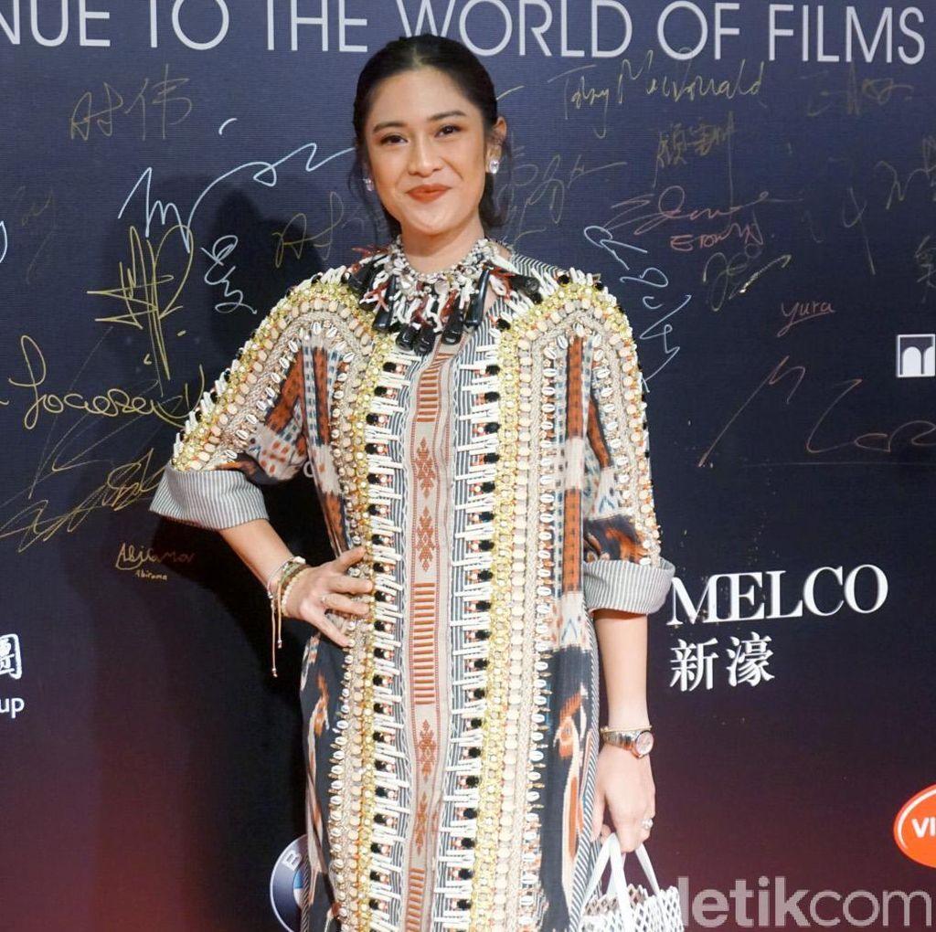 Transisi Dian Sastrowardoyo dari Aktris Drama ke Film Aksi