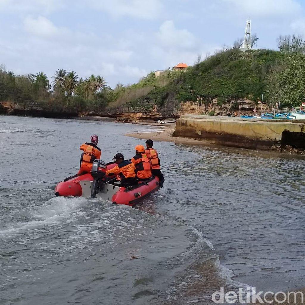 Nelayan Tenggelam di Pantai Watukarung Pacitan Akhirnya Ditemukan