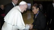 Saat Susi Berdialog dengan Paus di Vatikan