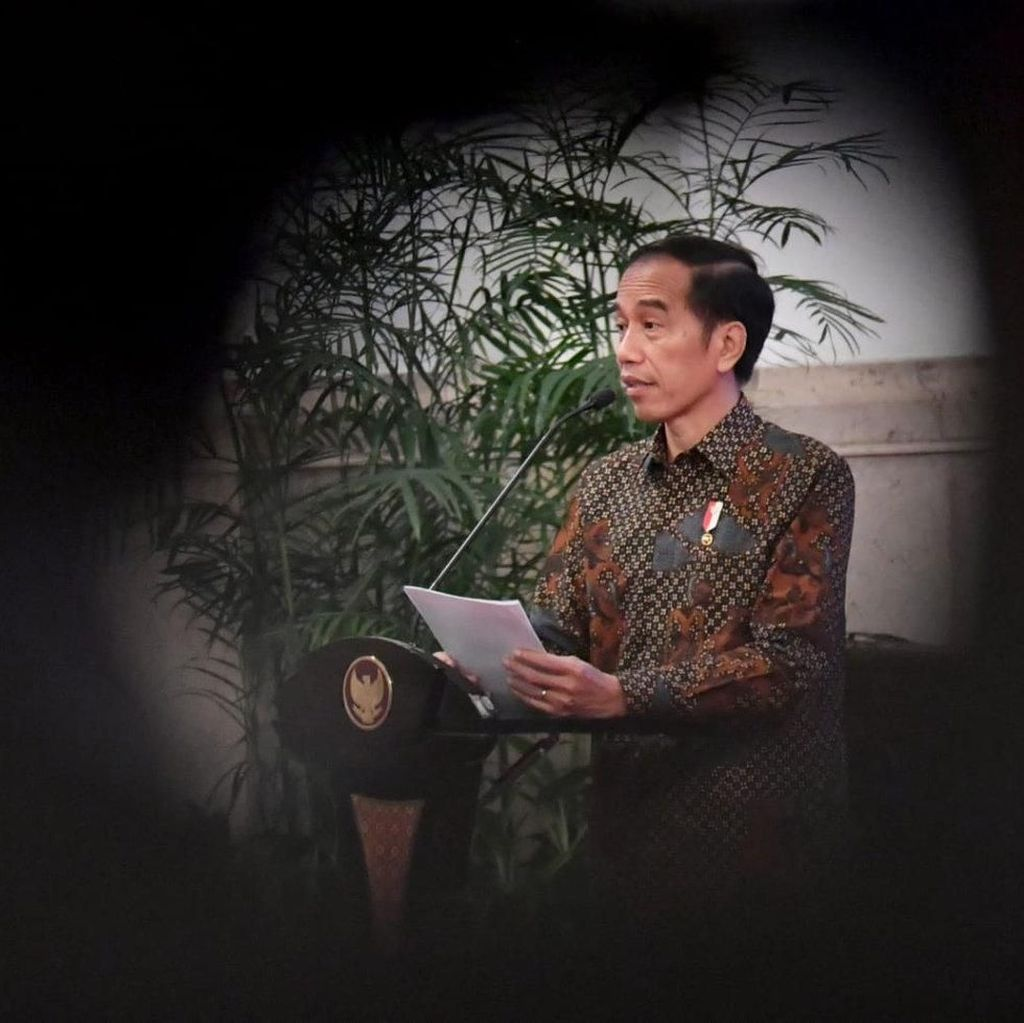 Pantun Kapitra untuk Jokowi di Pagelaran Budaya Riau