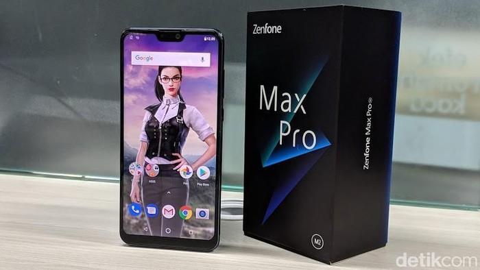 Review Zenfone Max Pro M2, ponsel gaming kelas mainstream dari Asus. Foto: Adi Fida Rahman/detikINET