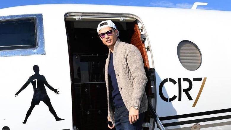Cristiano Ronaldo dan jet pribadinya (Instagram/cristiano)