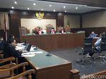 Ditegur Hakim karena Ngarang Kesaksian, Anak Buah Lucas Mengaku Takut