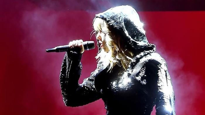 Sebuah konser Taylor Swift menerapkan penggunaan teknologi facial recognition (Foto: Kevin Winter/Getty Images for TAS)