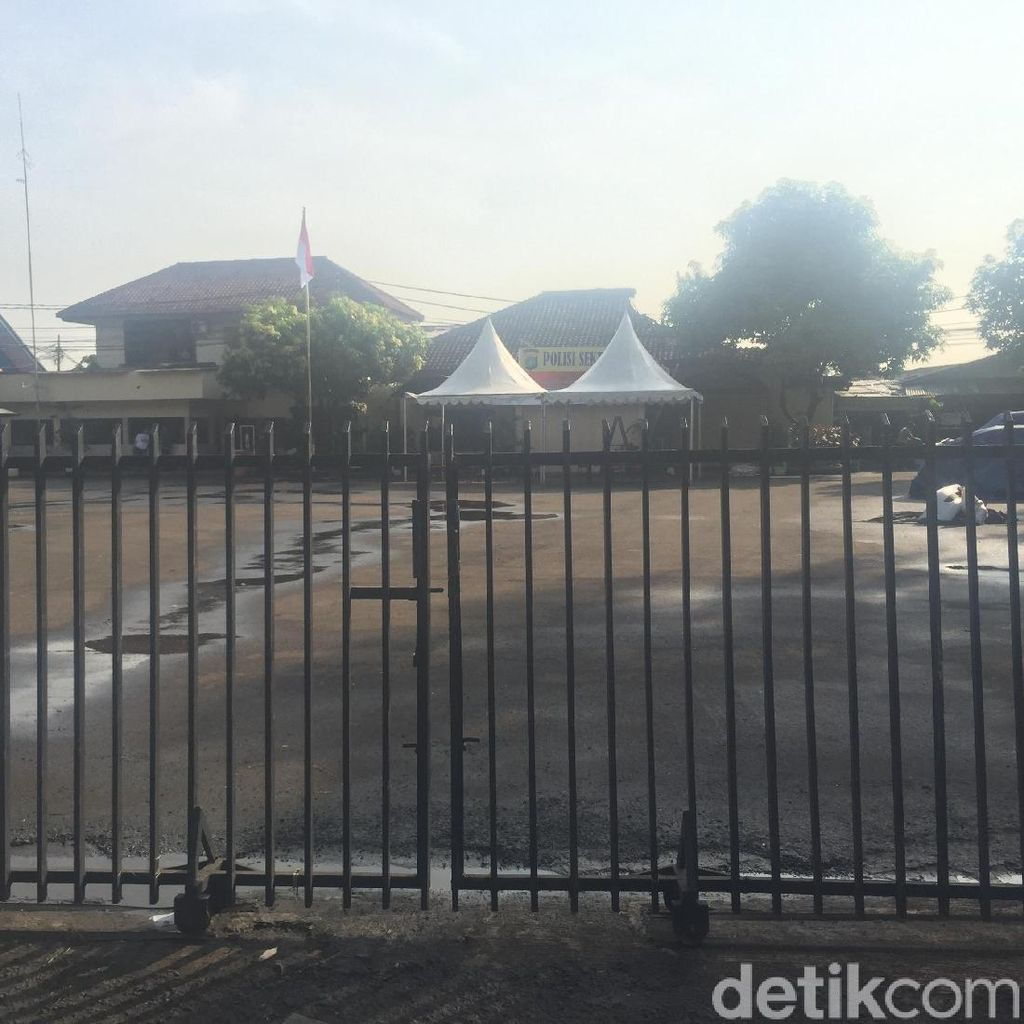 Pascaperusakan, Polsek Ciracas Dijaga Polisi-TNI Pagi Ini