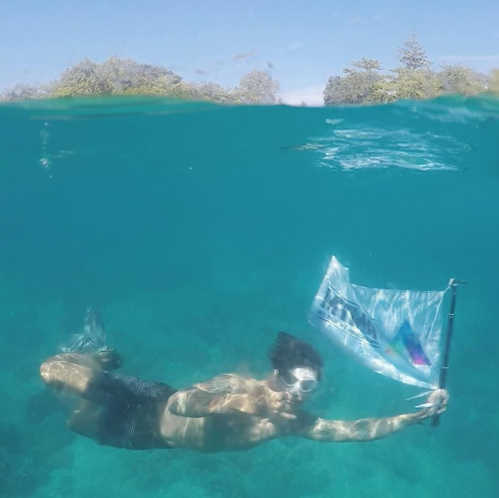 Foto: Pesona Pantai Huluwa dan Pulau Isau di Maluku Tengah