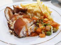 Ayam Keju dan Ayam Penyet Mantap Bisa Dipesan di Sini!