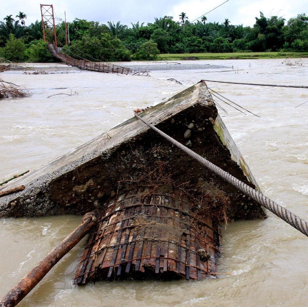 Jembatan Gantung Putus, Dua Desa di Aceh Kini Terpisah