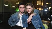 Padahal Chloe sudah diterima dan akrab dengan calon mertua yakni Victoria Beckham.Slevan Vlasic/Getty Images