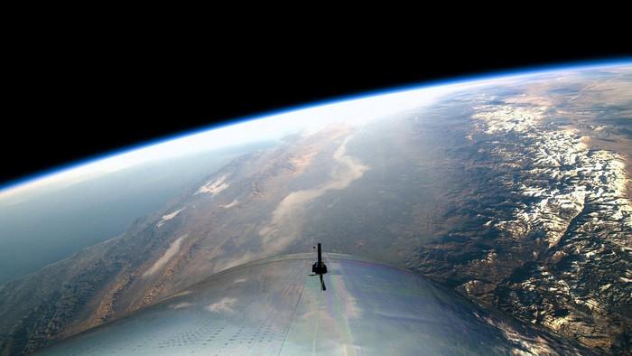 Pemandangan indah Bumi yang terekam VSS Unity. Foto: Reuters