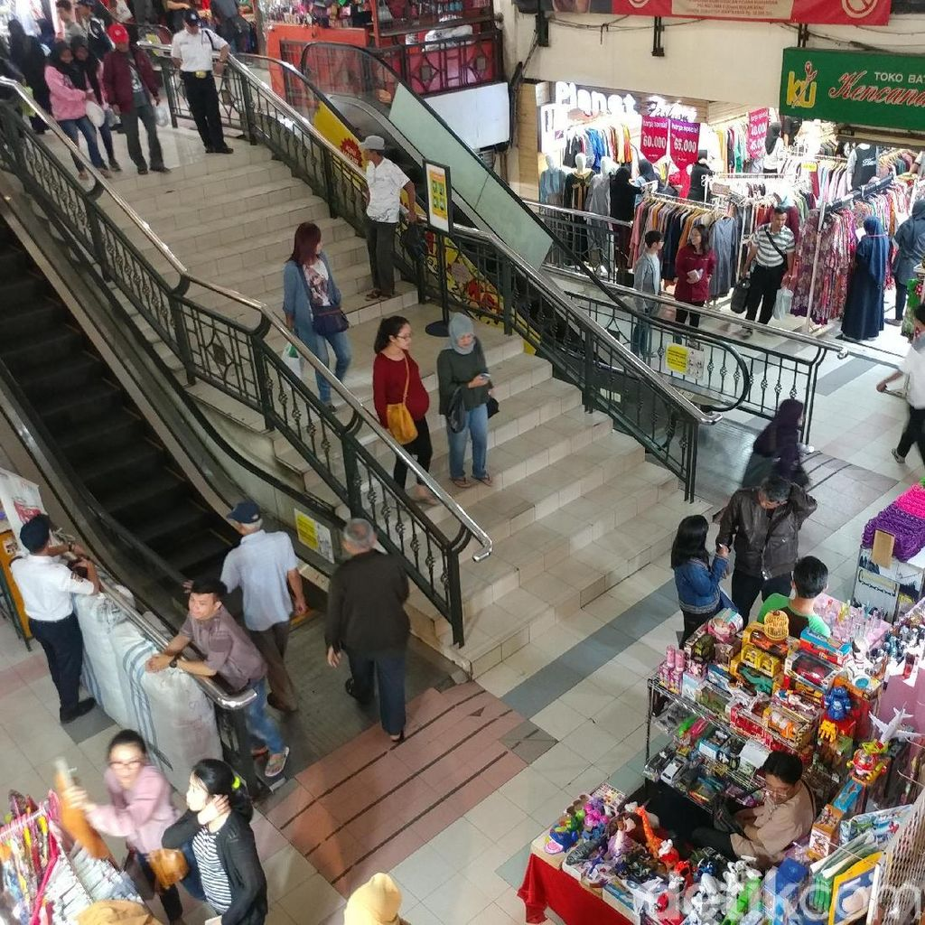 Pemkot Bandung dan APP Tenangkan Pedagang Pasar Baru