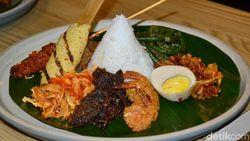 Nasi Campur Bali Warung Wardani Kini Bisa Dicicipi di Jakarta