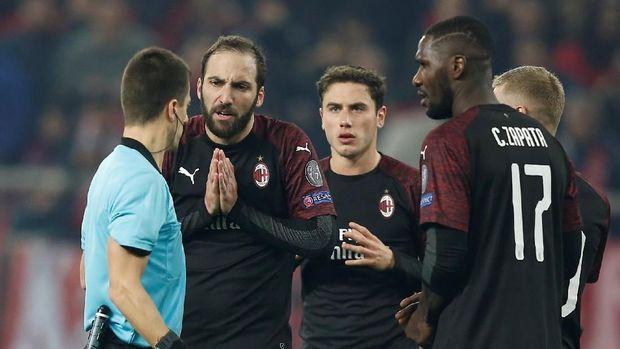 AC Milan jadi salah satu tim besar yang tersingkir dari Liga Europa.