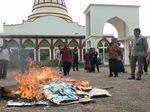 19 Ribu e-KTP Invalid di Cilegon Dimusnahkan dengan Dibakar