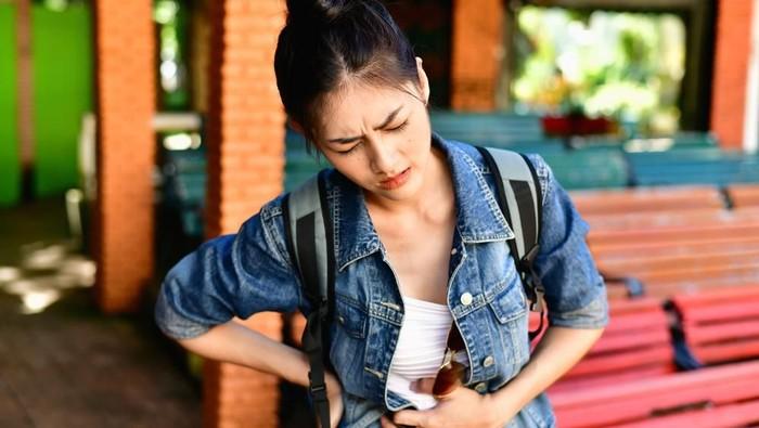Salah makan saat perut kosong malah bisa bikin masalah pencernaan. (Foto: Shutterstock)