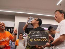 Pembeli Pertama iPhone di Jakarta Antre Sejak Jam 5-an