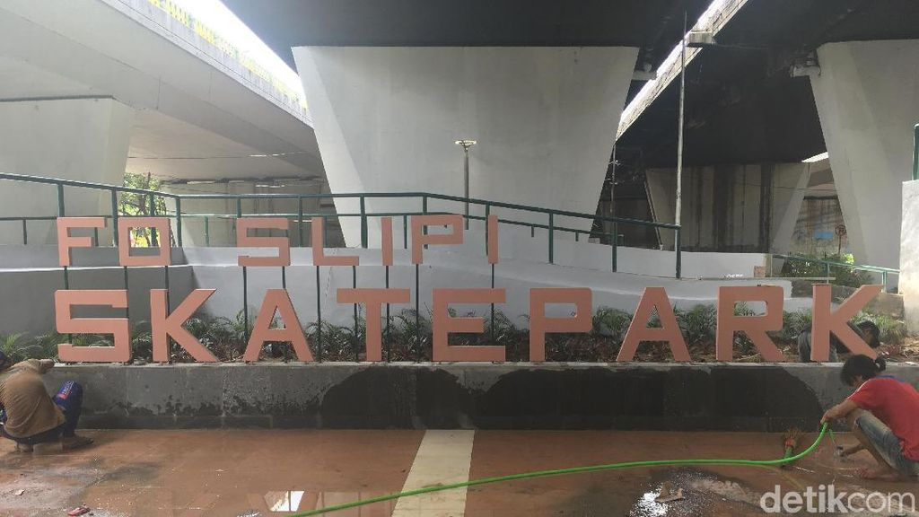 Bakal Ada Skatepark di Kolong Flyover Slipi