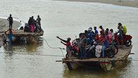 Geliat Usaha Jasa Penyeberangan Sungai di Indonesia