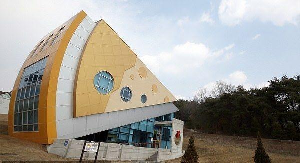 Inilah Imsil Cheesepark, taman rekreasi bertema keju pertama di Korea Selatan. Taman rekreasi ini berdiri pada 2004 silam. (dok. Korea Tourism Organization)
