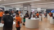 Penjualan Perdana iPhone di Jakarta Cukup Ramai, tapi...