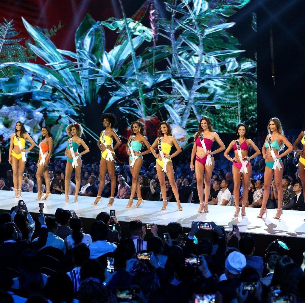 13 Gaya Seksi Finalis Miss Universe 2018 Saat Kompetisi Baju Renang